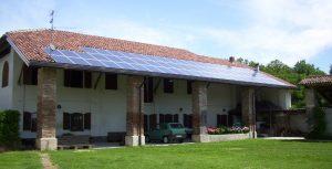 Impianto fotovoltaico compatto ed integrato